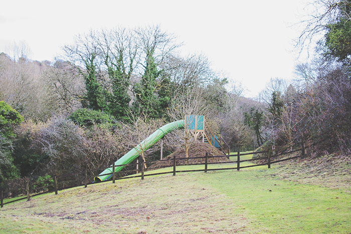 cottages in cornwall - Bosinver outdoor play area