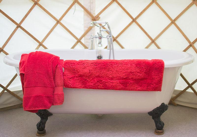 bath-in-a-yurt