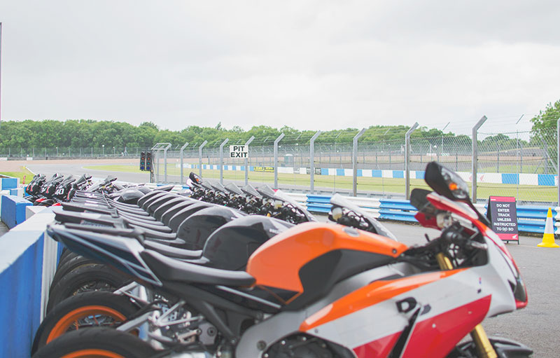 BIKES-AT-DONINGTON-RACE-TRACK