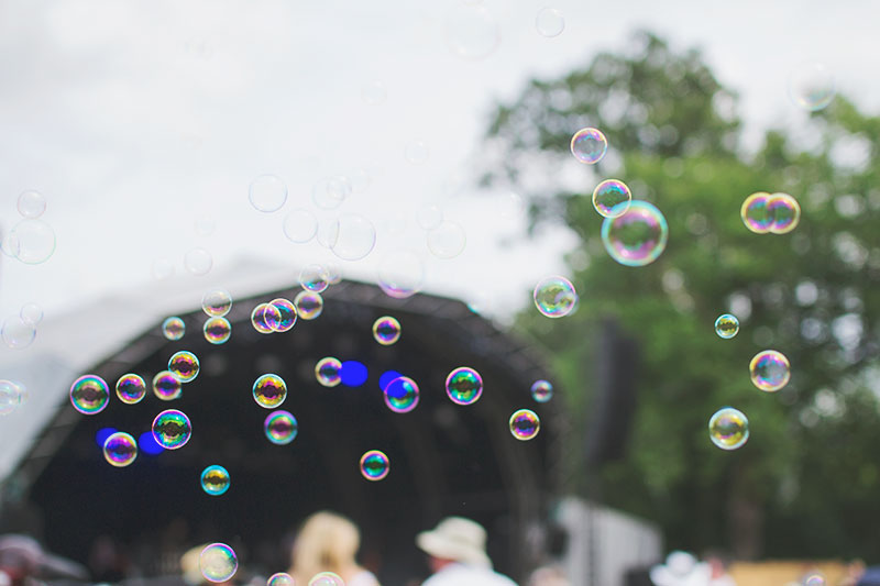 bubbles-at-festival