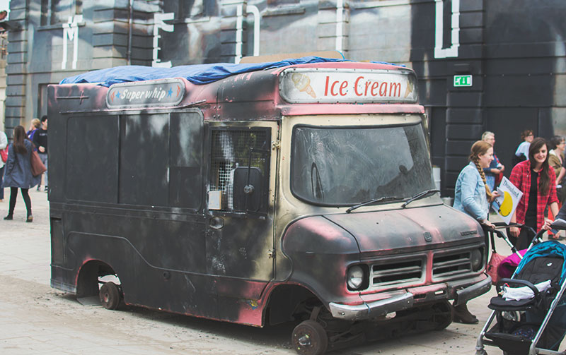 ice-cream-van-dismaland